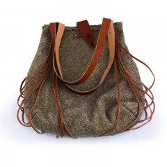 Esztány Shoulder Bag